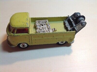 1960s CORGI TOYS UK NO. 490 VOLKSWAGEN BREAKDOWN TRUCK YELLOW DIECAST