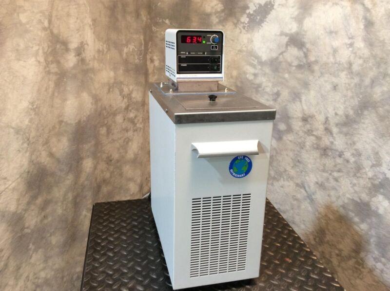 Fisher Scientific Refrigerating Circulator Chiller & Heater Model 9105