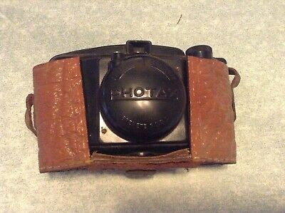 """A"" Ancien appareil photo photax avec housse en cuir"