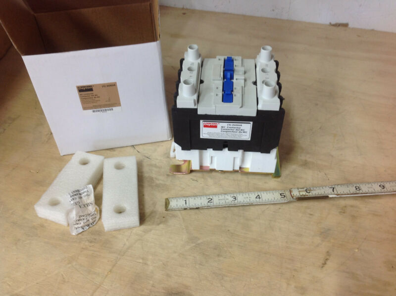 Dayton 2UXU4  IEC  Contactor, 24VAC Coil, 40A, Open, 4P, NEW IN BOX
