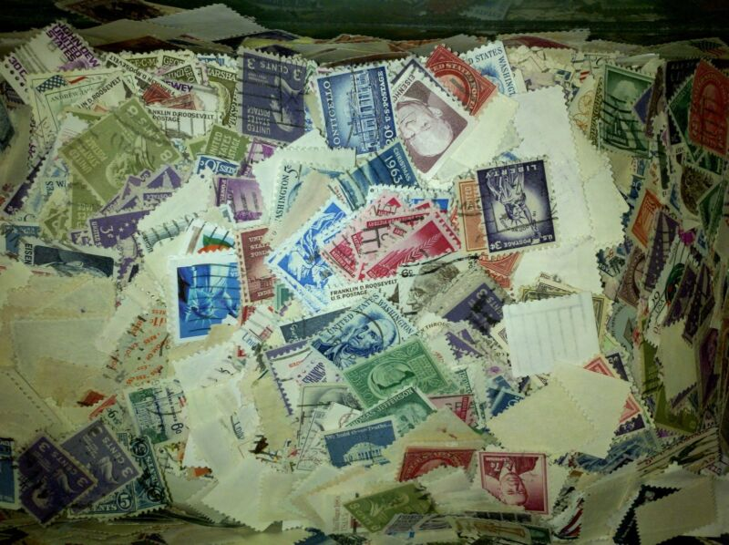 US Used/Canceled Postage Stamps  Set of 100 Different Regular Issue Small Stamps