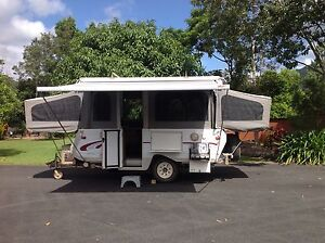 GOLDSTREAM GOLD STAR OFF ROAD RV Redlynch Cairns City Preview