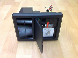 NEW-PROGRESSIVE-DYNAMICS-45-AMP-RV-POWER-CONVERTER-CHARGER-W-AC-DC-PANEL-PD4045