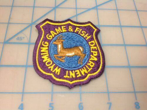 Vintage WYOMING Game & Fish Department Embroidered Patch (W)