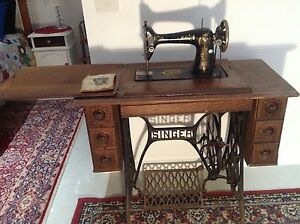 Antique Singer Sewing Machine Lakes Entrance East Gippsland Preview