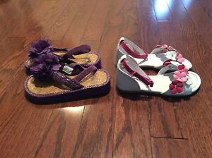 Girl Sandals - size 9 - see all pictures  London Ontario image 4