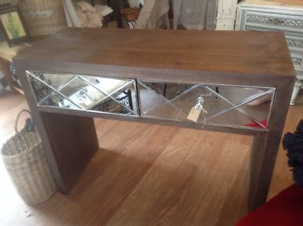Mirrored Console Table Blackwood Mitcham Area Preview