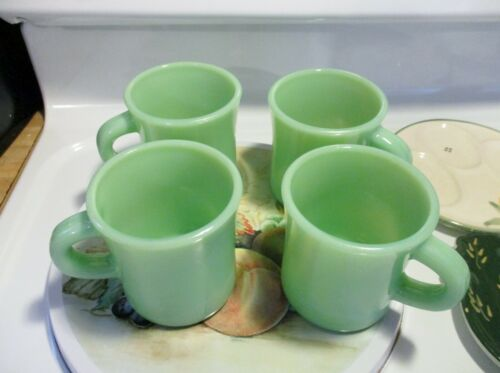 Jadeite Green Glass C Handle Coffee Mug x 4 in AS IS Condition