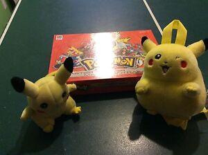 Pokemon jeux et figurines et peluches