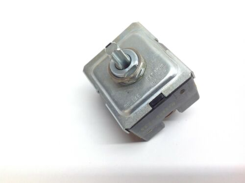 ARK-LES 8422 244S7H Rotary Switch 4 Position 30A 120-240-277V