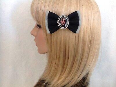 Girl Edward Scissorhands (Edward scissorhands hair bow clip rockabilly pin up girl retro vintage)