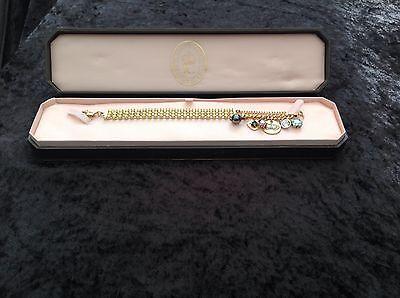 PENNINO Juicy Couture Nuova Originale Oro Bracciale Con Giallo Pietre & Ciondoli