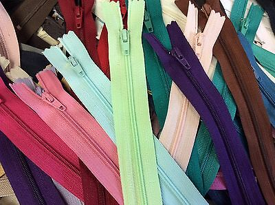 Lot Of 50 Assorted Size   Color 12  16  Nylon Zippers Ykk  Talon  Sns  Etc