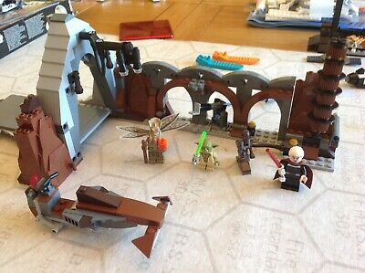 Lego Star Wars 75017 Duel on Geonosis 100%complete