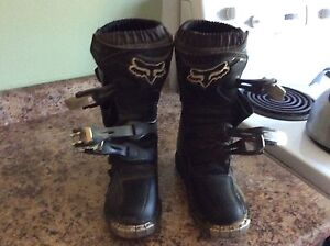 Junior fox racing boots