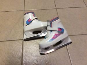 Bauer Girl Skates Y 12/13
