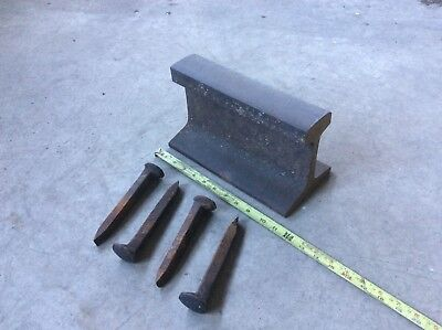 "VINTAGE 70'S ERIE RAILROAD TRACK RAIL BLACKSMITH ANVIL W/4 SPIKES 11"" LONG 30+lb"