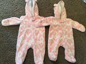 Warm and soft baby snowsuit