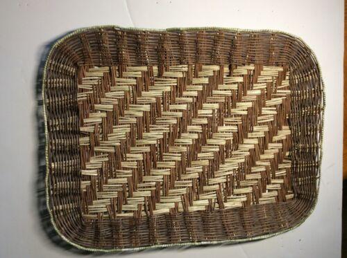 Hopi basket piki tray by Dorleen Gashweseoma