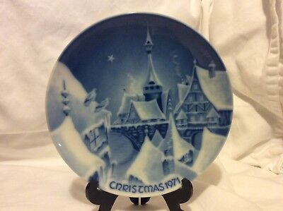 Christmas Night in a Village Plate 1971 Germany Royale Blue Winter China A Night In China