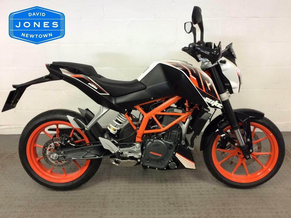 KTM 390 Duke 2014 / 64 - Low Mileage - Fantastic Condition