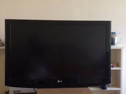 """LG 37"""" LCD TV (very good condition) Hawthorn Boroondara Area Preview"""