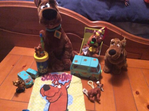 Scooby lot of items