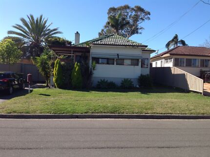 FREE FREE FREE HOUSE YOU MUST TAKE AWAY GREAT FOR RELOCATION CARINGBAH Taren Point Sutherland Area Preview