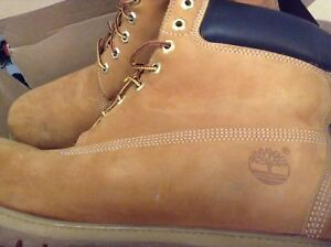10/10 condition timberland boots, size 13