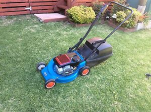Lawn mower (Victa) Flinders Shellharbour Area Preview