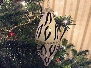 12 x Black & White Glass Decorations Xmas Christmas Tree Baubles Sparkly