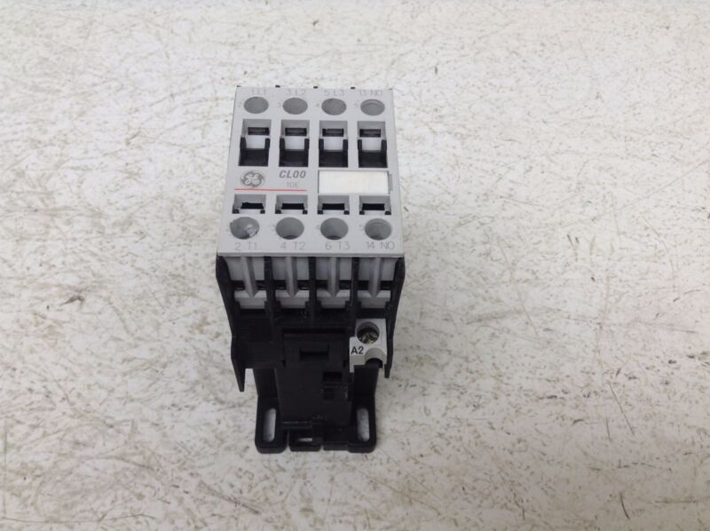 GE General Electric CL00D310T 24 VDC Motor Starter CL00 10E LB1DD