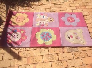 Kids bedrooom rug/mat - girls - 1550mm X 800mm - rectangular Woodvale Joondalup Area Preview