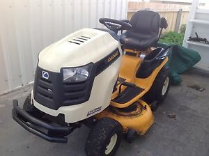 Ride on lawn mower - Cub Cadet Opossum Bay Clarence Area Preview