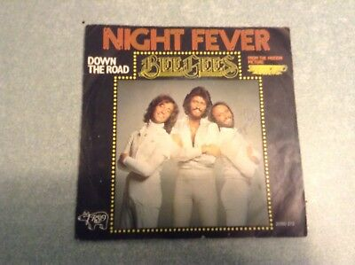 Disque vinyle 45 tours B2 /bee gees,night fever