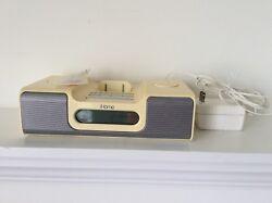 iPod Player Radio Clock Vintage iHome Radio Alarm Clock Speaker AC DC Model iH5