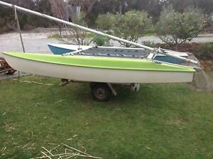 14ft Windrush Surfcat licenced trailer