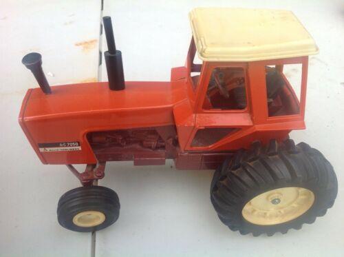 VINTAGE ERTL ALLIS CHALMERS 7050 MAROON BELLY TRACTOR W/AIR CLEANER FARM TOYS