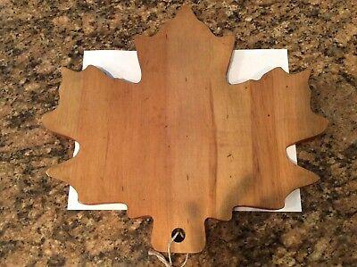 Stonewall kitchen maple leaf wood cutting board, new