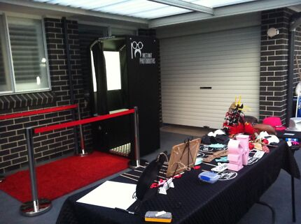 Instant Photobooths Photo booth Hire Currans Hill Camden Area Preview