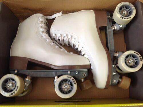CRAZY ROLLER SKATES - CELEBRITY ART RETRO LOOK WHITE ROLLER SKATES ORIGINAL