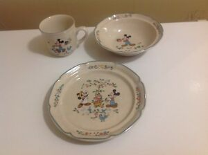 Walt Disney Mickey's Country Peaches Dish, Bowl and Cup Set