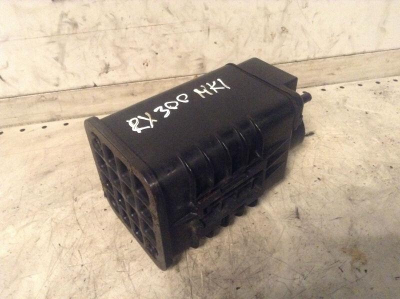 Lexus RX300 Rx 300 MK1 fuel charcoal filter 77704-63010