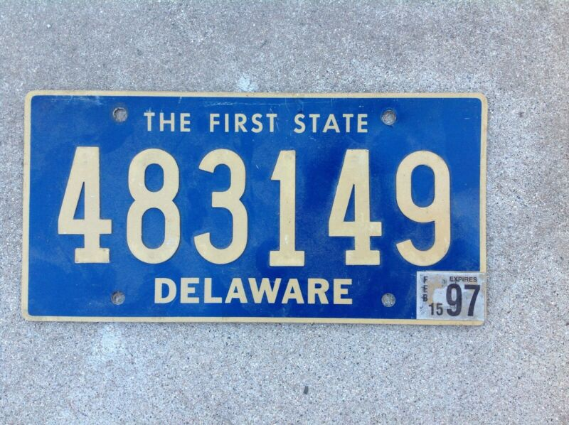 DELAWARE LICENSE PLATE - RIVITED NUMBERS
