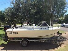 NEAT FIBREGLASS RUNABOUT IN GOOD CONDITION Kingscliff Tweed Heads Area Preview