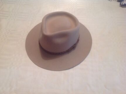 Akubra man's hat