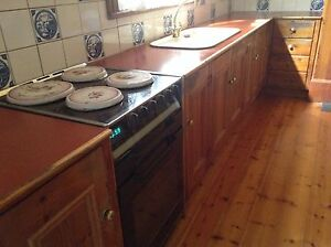 Solid timber kitchen Camden Park West Torrens Area Preview