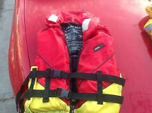 Life jacket Raymond Terrace Port Stephens Area Preview