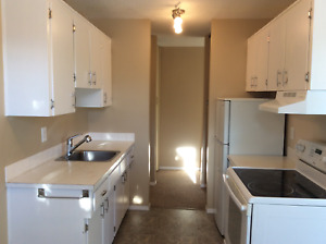 LACOMBE: AURORA PLACE  FOR RENT 2 BEDROOM SUITE WITH A BALCONY