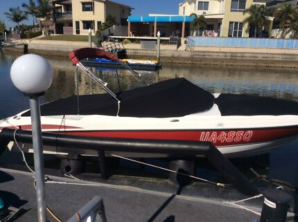 Deceased Estate Maxum Bowrider 2000SR 20 ft. Biggera Waters Gold Coast City Preview